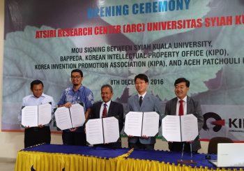 KIPO opened the Herbal Essential Oil Research Center at the Syiah Kuala University